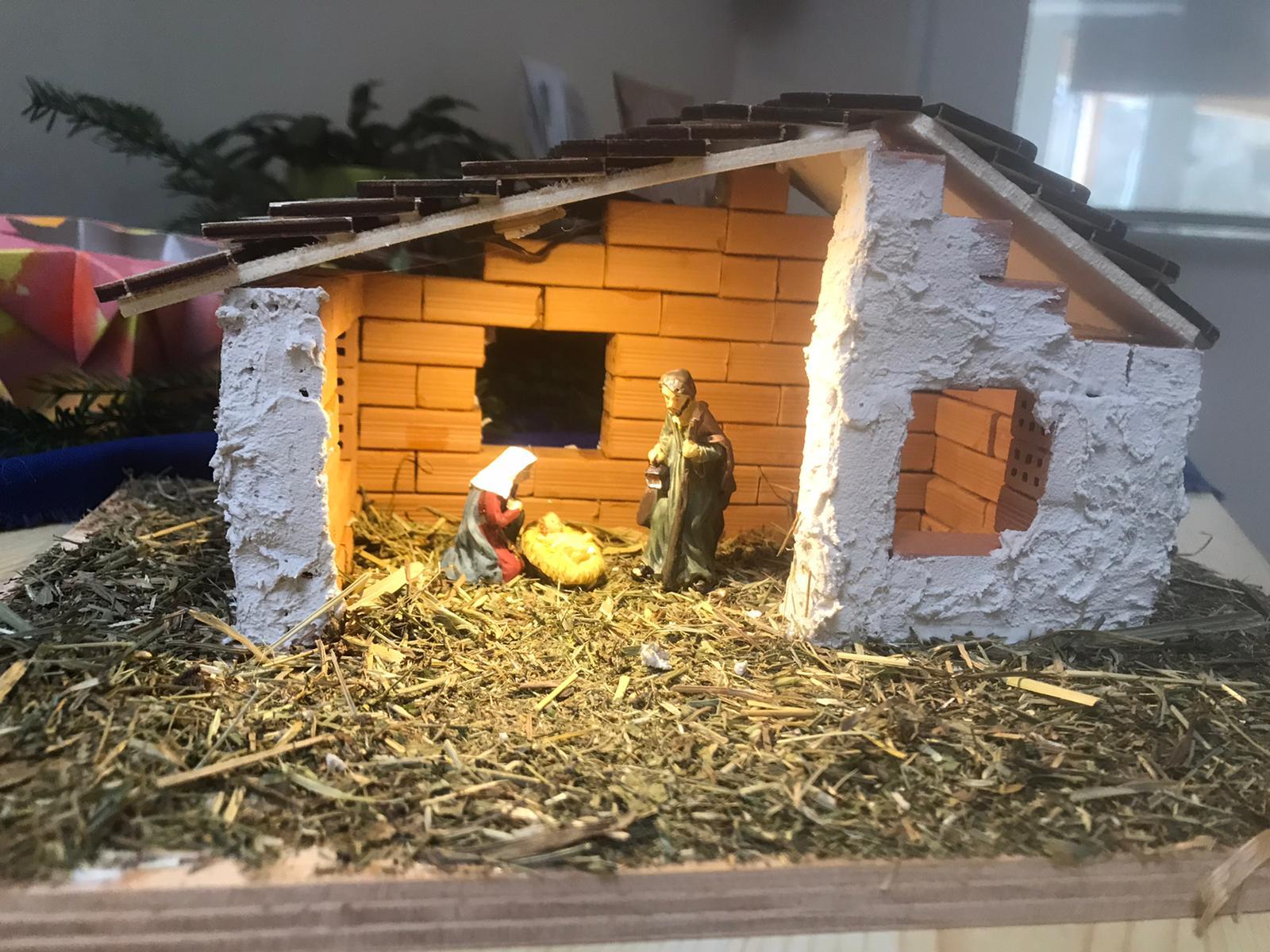 Weihnachtskrippen bauen
